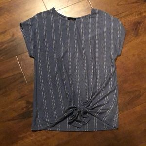 W5 Short Sleeve Top Size Large
